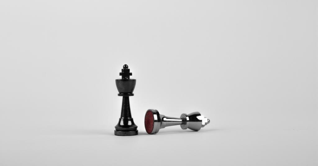 Winner King Chess Piece